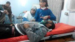 گروه های جهادی یکبار دیگر محله عمدتا کُردنشین شیخ مقصود حلب را با موشک های حاوی مواد شیمیایی هدف قرار دادند. خبرگزاری هاوار گزارش کرده که بر اثر حملات امروز ۲۵ نوامبر، دست کم ۸ غیرنظامی مجروح شده اند که وضعیت شماری از آنان وخیم گزارش شده است.